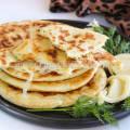 Рецепт лепешки с сыром на сковороде с фото