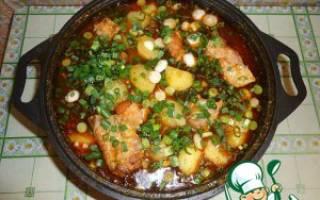 Картошка тушеная с ребрышками свиными рецепт с фото