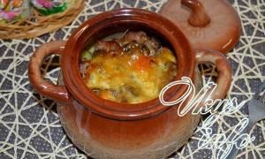 Картошка в горшочках с грибами и мясом в духовке рецепт и фото