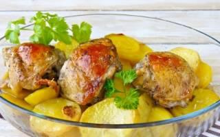 Рецепт куриные бедра с картошкой в духовке