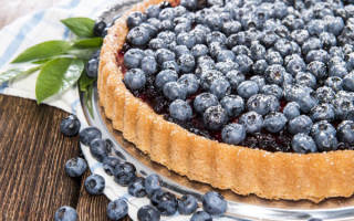 Пирог с замороженной черникой рецепт с фото